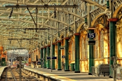 Glasgow Train Station- Schottland