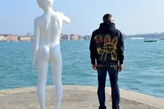 Venedig Nackter Junge